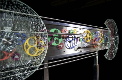Kinetic Sculpture Artist Andrea Davide displays another kinetic artwork